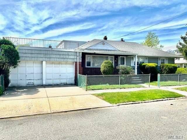 [Rosedale Real Estate, listing number 3146285]