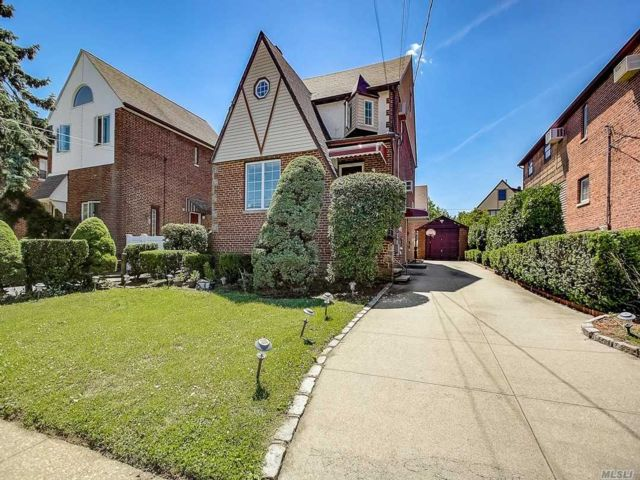[Valley Stream Real Estate, listing number 3147197]