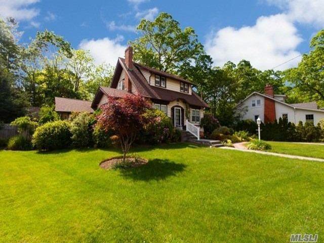 [Farmingdale Real Estate, listing number 3147207]