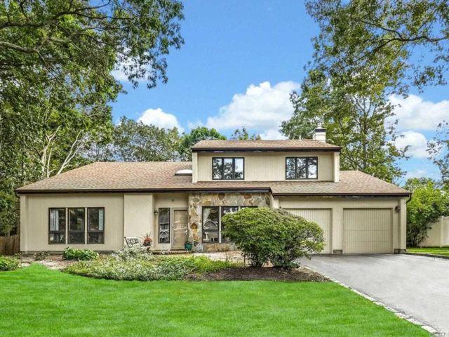 [Commack Real Estate, listing number 3147915]