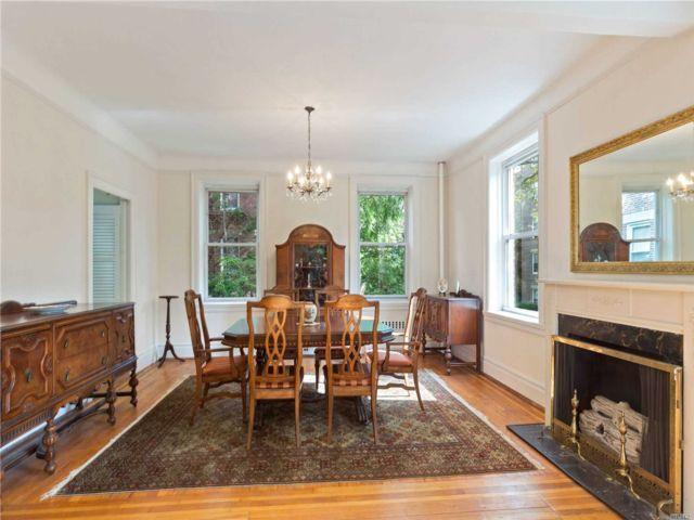 [Jackson Heights Real Estate, listing number 3148068]