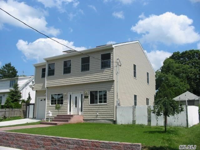 [East Meadow Real Estate, listing number 3148241]