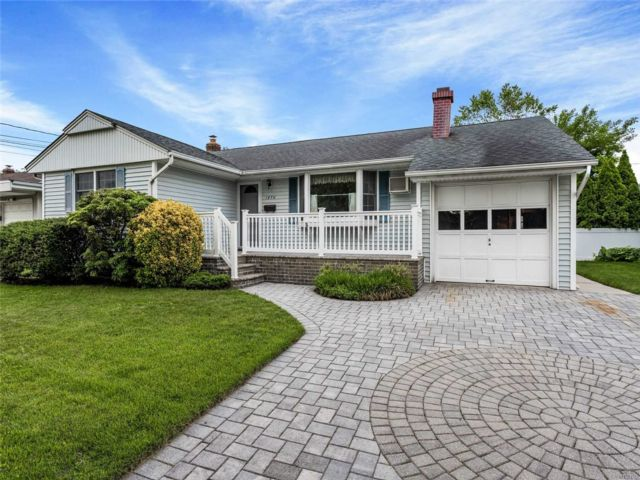 [East Meadow Real Estate, listing number 3148511]