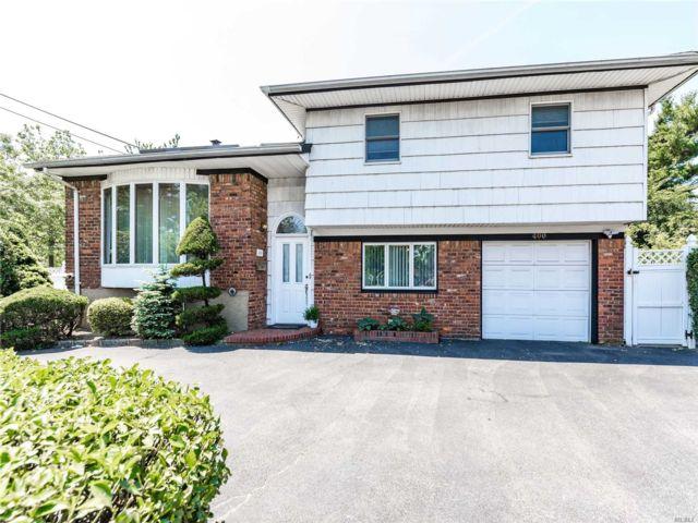 4 BR,  3.00 BTH Split level style home in Hewlett