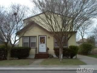 [Merrick Real Estate, listing number 3148971]