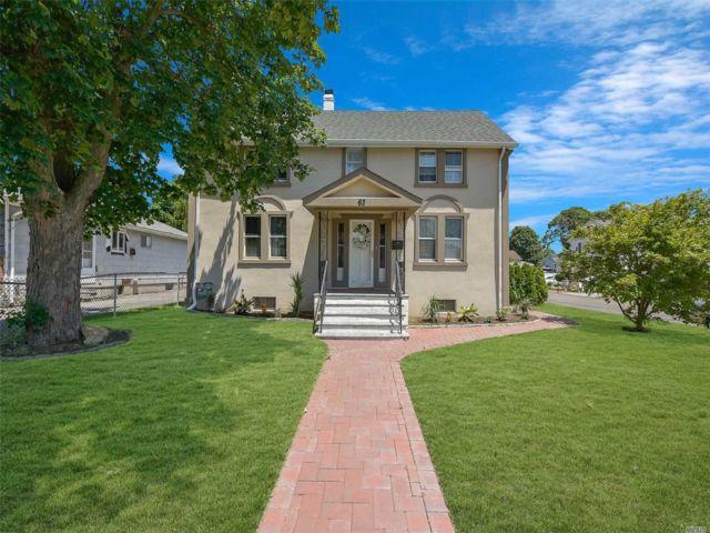 [Farmingdale Real Estate, listing number 3149227]