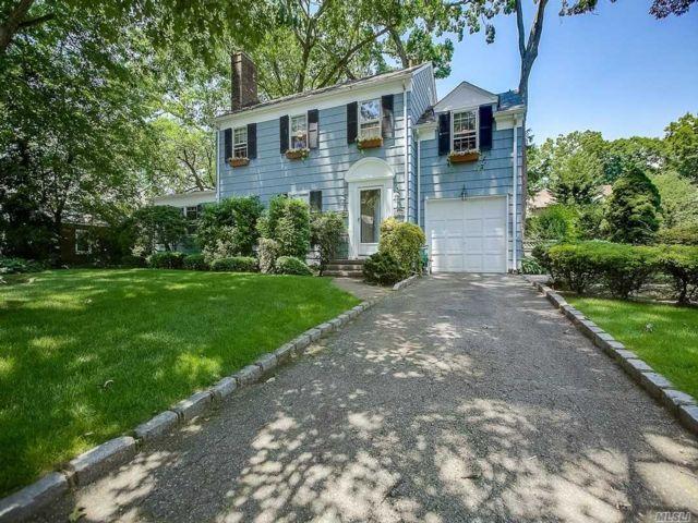 [Merrick Real Estate, listing number 3149322]