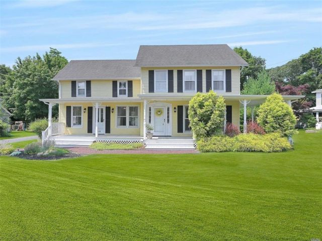 [East Moriches Real Estate, listing number 3149420]