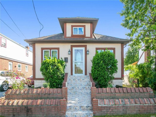 [Valley Stream Real Estate, listing number 3149529]