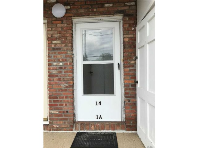 [Farmingdale Real Estate, listing number 3149559]