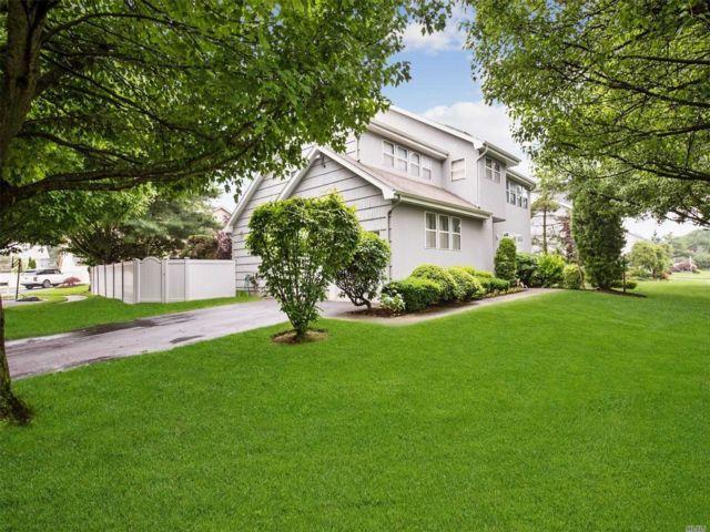 [Farmingdale Real Estate, listing number 3149605]