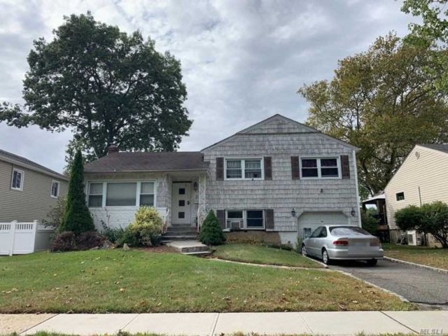 [East Meadow Real Estate, listing number 3149682]