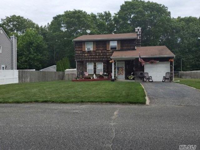 [Manorville Real Estate, listing number 3149800]