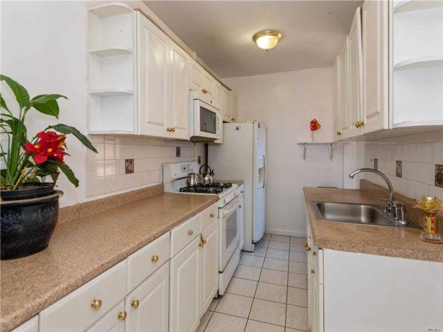 [Jackson Heights Real Estate, listing number 3149877]