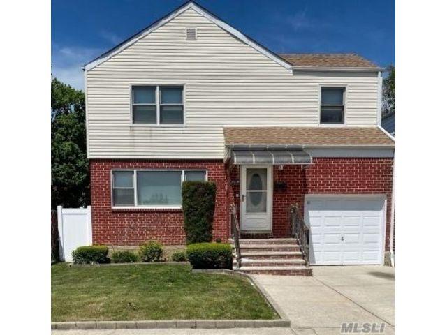 [Rosedale Real Estate, listing number 3150643]
