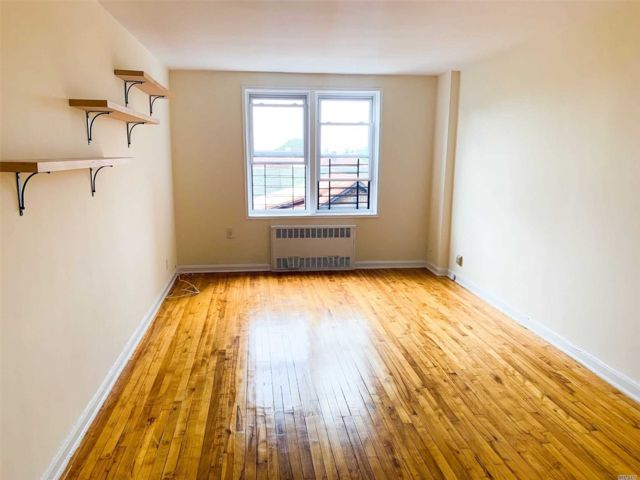 [Jackson Heights Real Estate, listing number 3151167]