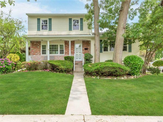 [Farmingdale Real Estate, listing number 3151177]