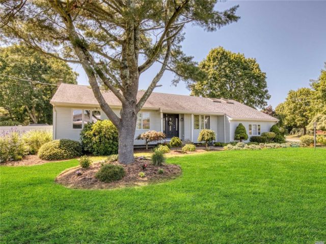 [Center Moriches Real Estate, listing number 3151351]