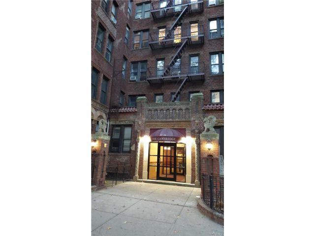 [Jackson Heights Real Estate, listing number 3151396]