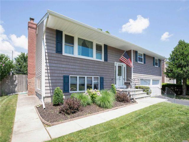 [Commack Real Estate, listing number 3151547]