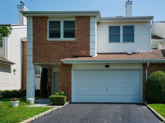 [Commack Real Estate, listing number 3151900]