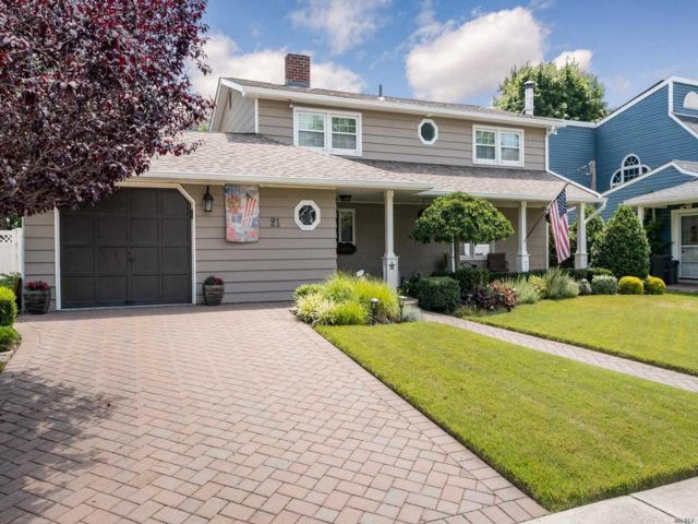 [Wantagh Real Estate, listing number 3151972]