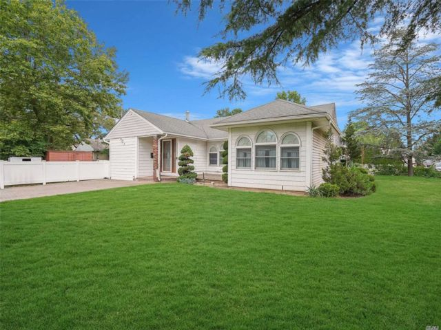 [Valley Stream Real Estate, listing number 3152546]