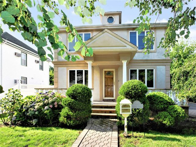 [East Meadow Real Estate, listing number 3152915]