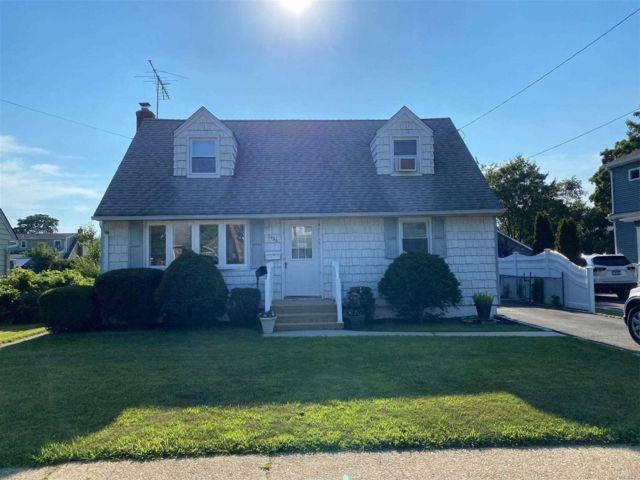 [Merrick Real Estate, listing number 3153443]