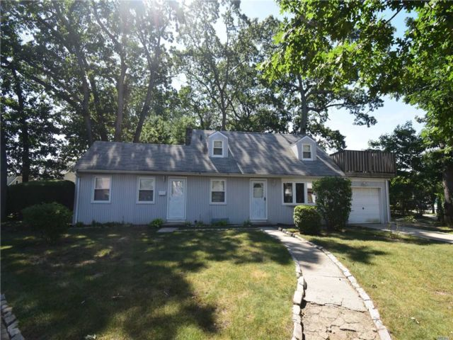 [Wantagh Real Estate, listing number 3153480]