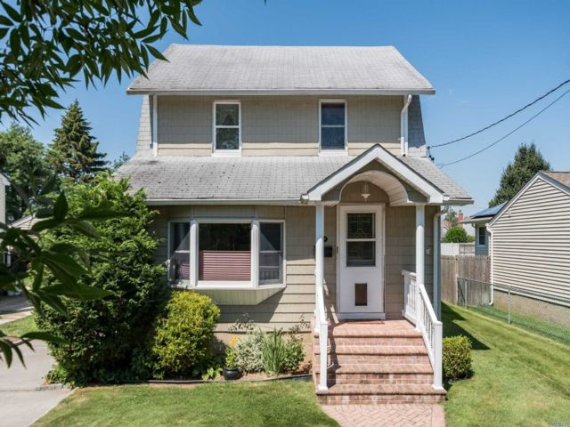 [Wantagh Real Estate, listing number 3153591]
