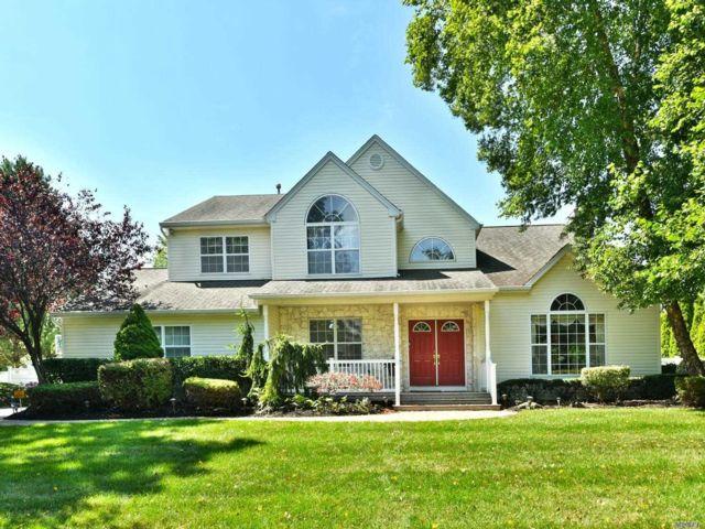 [Commack Real Estate, listing number 3153689]