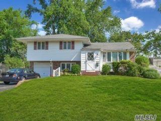 [Commack Real Estate, listing number 3153725]