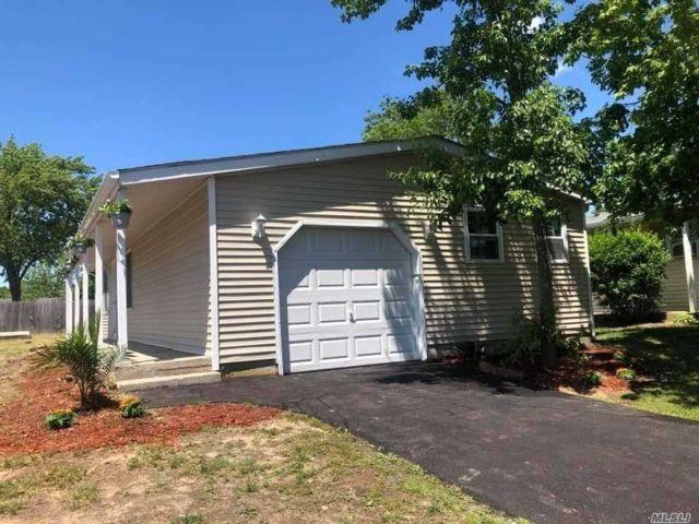 [Manorville Real Estate, listing number 3153953]