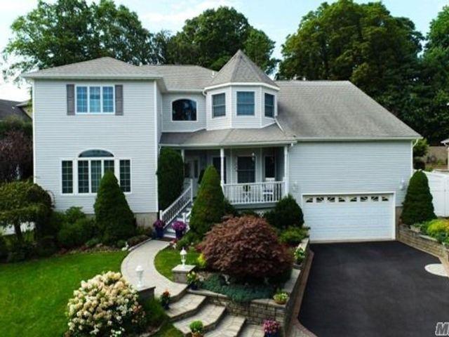 [Farmingdale Real Estate, listing number 3154035]
