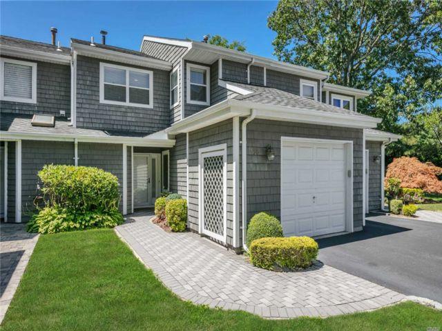 [Commack Real Estate, listing number 3154250]
