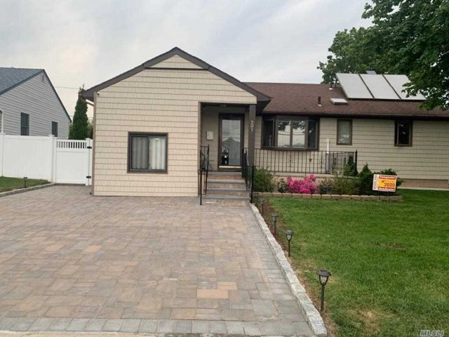 [East Meadow Real Estate, listing number 3154440]