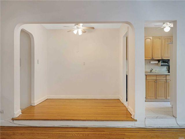 [Jackson Heights Real Estate, listing number 3154487]