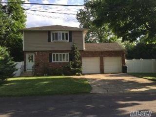 [Farmingdale Real Estate, listing number 3154576]