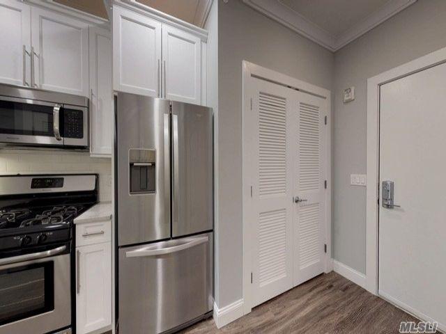 [Farmingdale Real Estate, listing number 3155422]