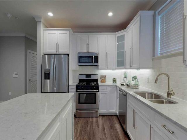 [Farmingdale Real Estate, listing number 3155428]