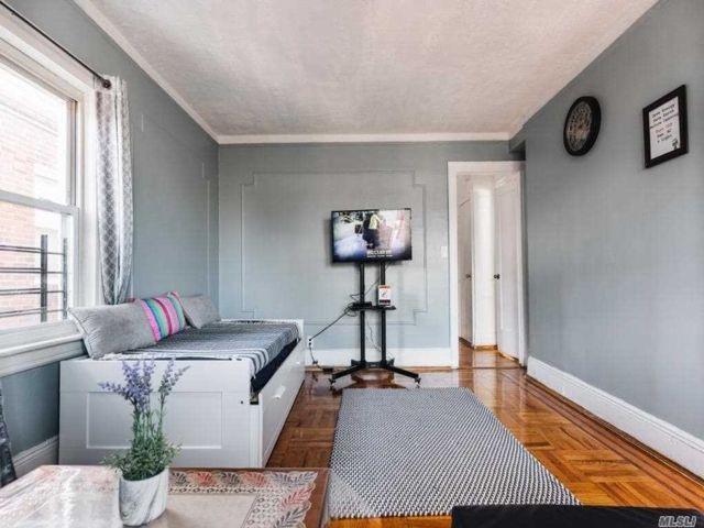 [Jackson Heights Real Estate, listing number 3155687]