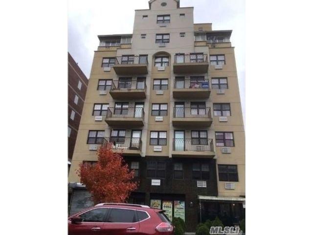 [Flushing Real Estate, listing number 3155791]