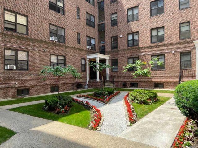 [Flushing Real Estate, listing number 3155996]