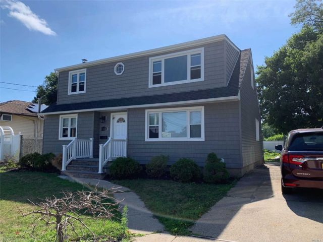 [East Meadow Real Estate, listing number 3156112]