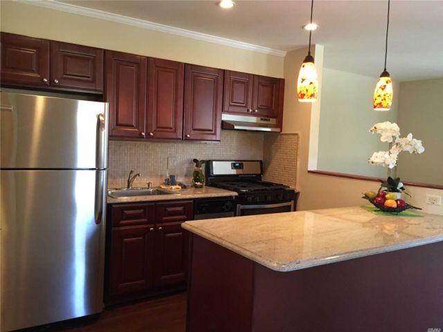 [Farmingdale Real Estate, listing number 3156152]