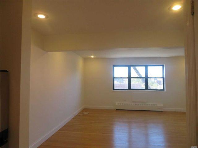 [Flushing Real Estate, listing number 3156378]