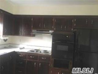 [Farmingdale Real Estate, listing number 3156478]