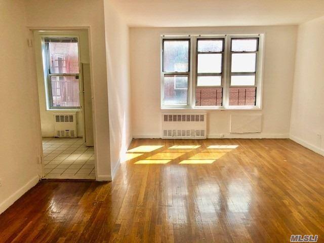 [Flushing Real Estate, listing number 3156494]