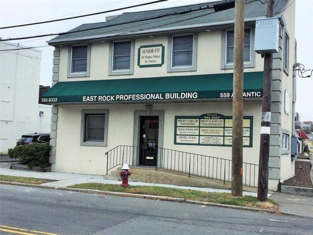 Studio,  0.00 BTH Commercial style home in East Rockaway